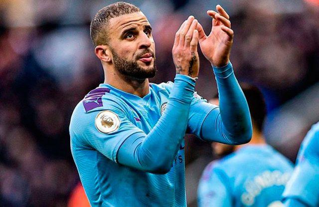 Jugador del Manchester City violó la cuarentena para hacer una fiesta sexual.
