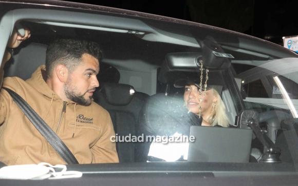 Lali Espósito y su novio, David Victori regresaron de las Cataratas del Iguazú. Foto: Movilpress