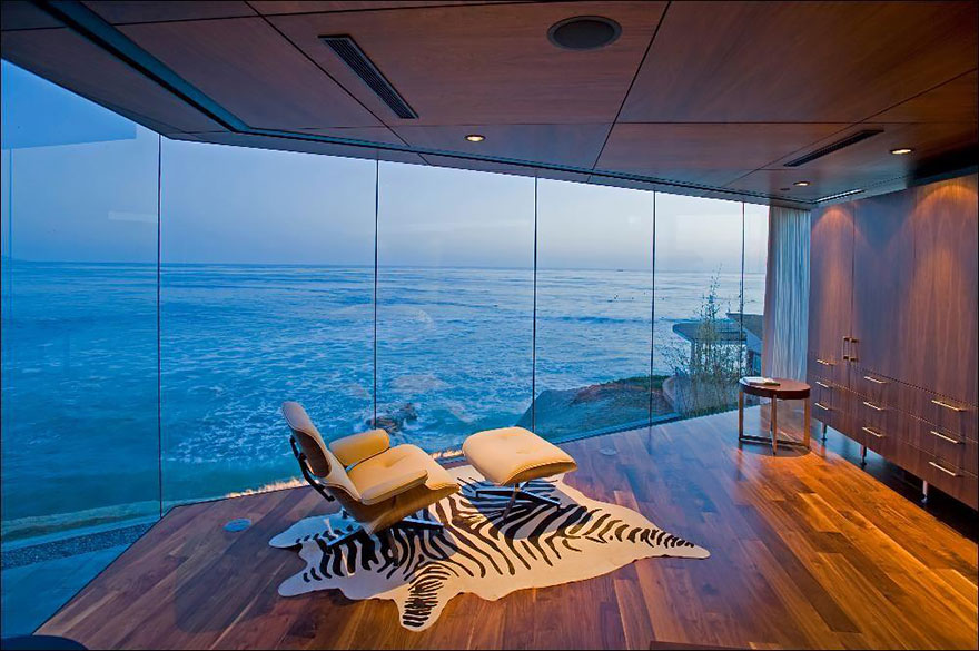 rooms-with-amazing-view-16__880.jpg
