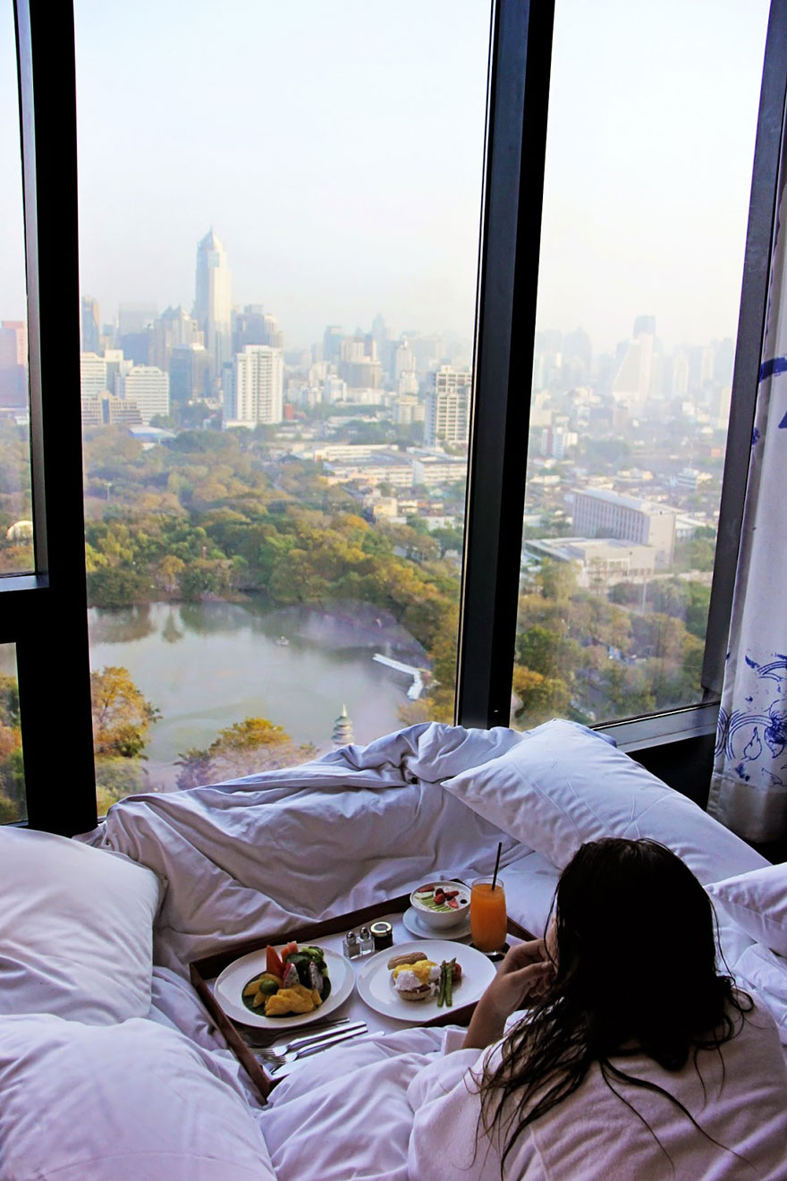 rooms-with-amazing-view-28__880.jpg