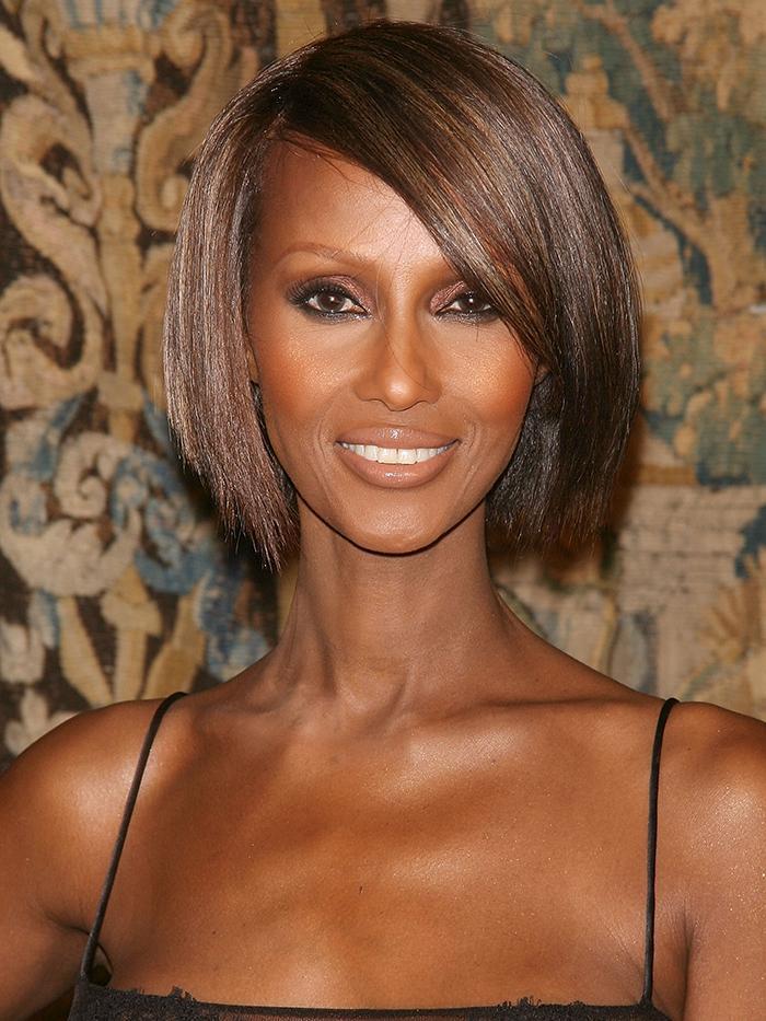 short hairstyles for older women 284848 1579171082147