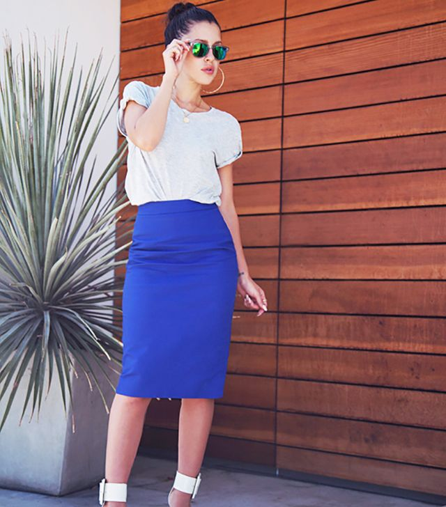 If you're an Hourglass (curvy, with a well-defined waist) you look fantastic in pencil skirts.  Why?  A pencil skirt accentuates your curves, smoothing out thighs.  Photo courtesy of...