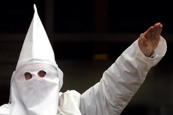 Polícia americano despedido por ter folha de inscrição no Ku Klux Klan em  casa - Mundo - Correio da Manhã