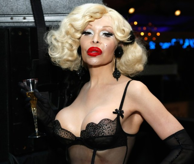 Amanda Lepore Is An Iconic Mainstay On The Fashion And New York Nightlife Scenes She Photos Transgender Celebrities