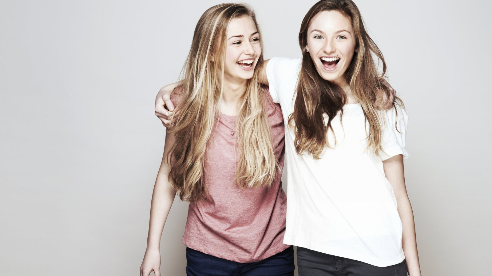 Study Happy Friends Could Help Teens Beat Depression