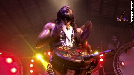 Fela Kuti: Nigerians celebrate their beloved Afrobeat icon