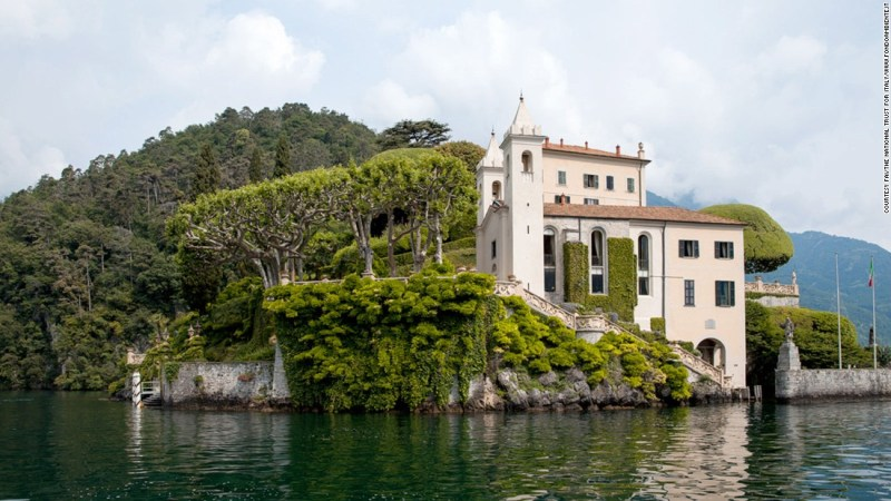 """<strong>Lake Retreat (Villa del Balbianello, Lenno, Italy): </strong>Managed by Italy's National Trust, the Villa del Balbianello on the shores of Lake Como, was the scene of Anakin and Padme's wedding in """"Attack of the Clones."""" In real life, the villa is also a popular wedding destination."""
