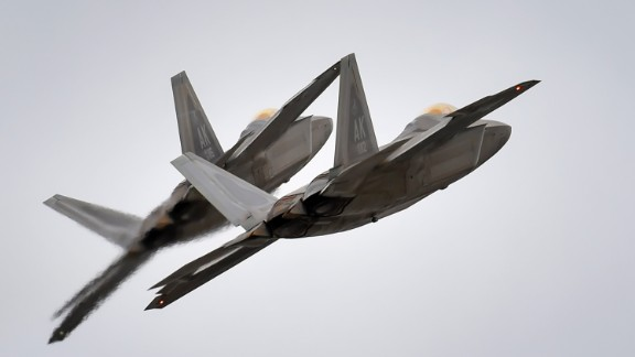 Two US Air Force F-22 Raptors fly over Alaska in 2016.
