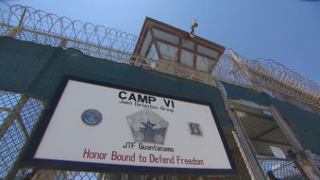 Guantanamo defense lawyer punished for disobeying judge