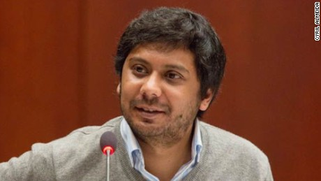 Pakistan court issues arrest warrant for journalist amid press crackdown