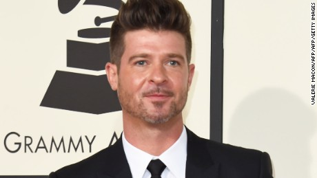 Robin Thicke's latest album & quot;  Is on earth and in heaven.  & quot;