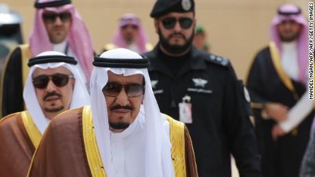 Qatar rift: Saudi, UAE, Bahrain, Egypt cut diplomatic ties