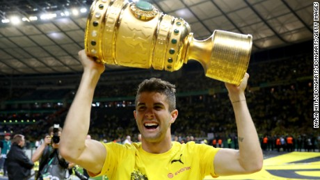 Pulisic with the DFB Cup after Dortmund beat Eintracht Frankfurt in 2017.