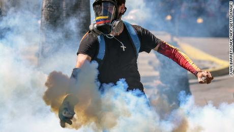 Venezuela named world's most dangerous country again, poll finds