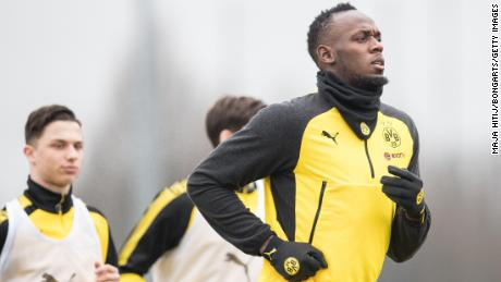 Usain Bolt lives football dream with Borussia Dortmund