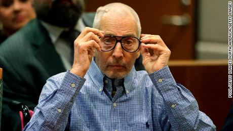 Real estate tycoon Robert Durst admits writing note giving location of body, lawyer says