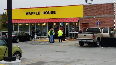 'It's him': Woman spots suspected Waffle House shooter at construction site