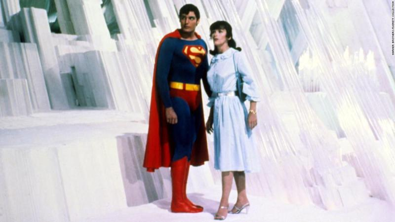 "<a href=""https://www.cnn.com/2018/05/14/entertainment/margot-kidder-superman-actress-dead/index.html"" target=""_blank"">Margot Kidder</a>, who played Lois Lane in the original 1978 ""Superman"" movie, died on May 13, her manager confirmed to CNN. Kidder was 69 years old."