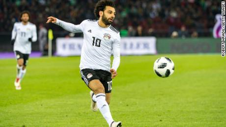 Trump promises quick visa processing if FIFA grants North America's World Cup bid