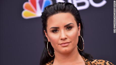 Pop star opens up about relapse in new song