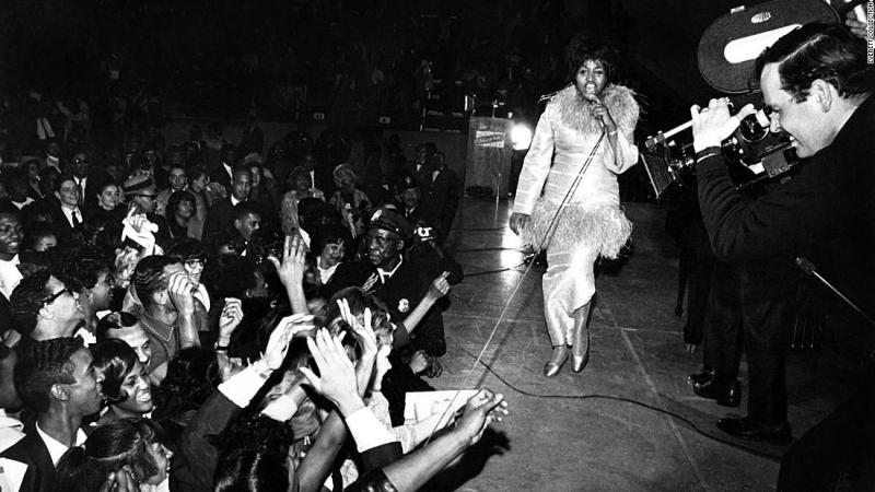 Franklin performs on stage in 1968.