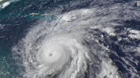Hawaii braces for Hurricane Lane