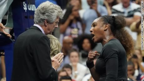 Williams argues with the referee during the US Open final
