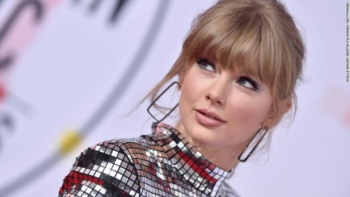 Taylor Swift  taylor - 181009225728 taylor ama exlarge 169 - Taylor Swift is back, more grounded than any time in recent memory taylor - 181009225728 taylor ama exlarge 169 - Taylor Swift is back, more grounded than any time in recent memory