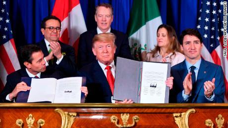 NAFTA หายไปอย่างเป็นทางการ  นี่คือสิ่งที่มีและไม่มีการเปลี่ยนแปลง