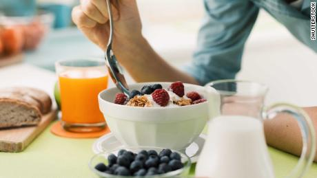 Skipping breakfast tied to higher risk of heart-related death, study finds