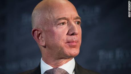 Anwalt für den CEO von National Enquirer bestreitet, dass die Boulevardpresse Jeff Bezos erpresste