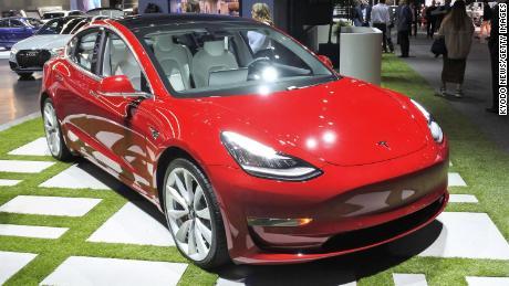 5 takeaways from Tesla's Model 3 announcement