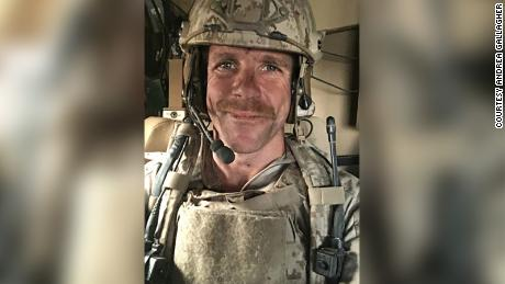 Witness says he saw Navy SEAL on trial stab an ISIS prisoner