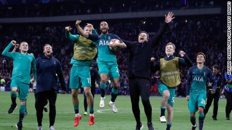 Tottenham celebrate its semifinal victory over Ajax.