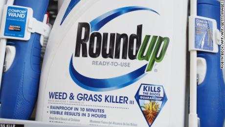 EPA says glyphosate doesn't cause cancer. Others aren't so sure