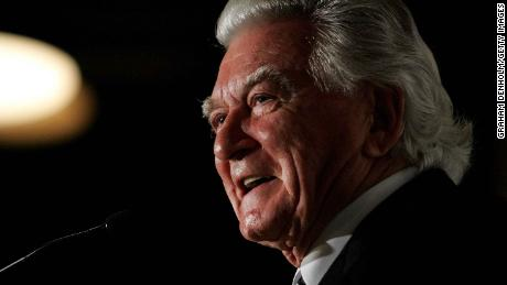 "Former Australian Prime Minister Bob Hawke makes a speech during the launch of his biography ""Hawke: The Prime Minister"" at The Wharf on July 12, 2010 in Sydney, Australia."