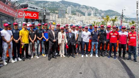 Drivers wore red caps in tribute to the late Niki Lauda who died aged 70.