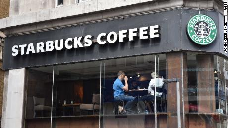 Starbucks has nearly 1,000 stores in the UK. They're losing money