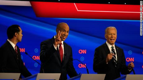 Cory Booker lands punches and punchlines in crucial Democratic debate