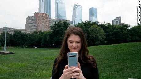 Samantha Kelly, CNN Business tech editor, tested 5G networks in New York (pictured here), Chicago and Dallas.