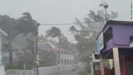 Witnesses describe scenes of devastation as Dorian batters the Bahamas
