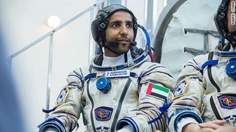 Emirati ตัวแรกในอวกาศ: ดูไบไปถึงดวงดาวได้อย่างไร