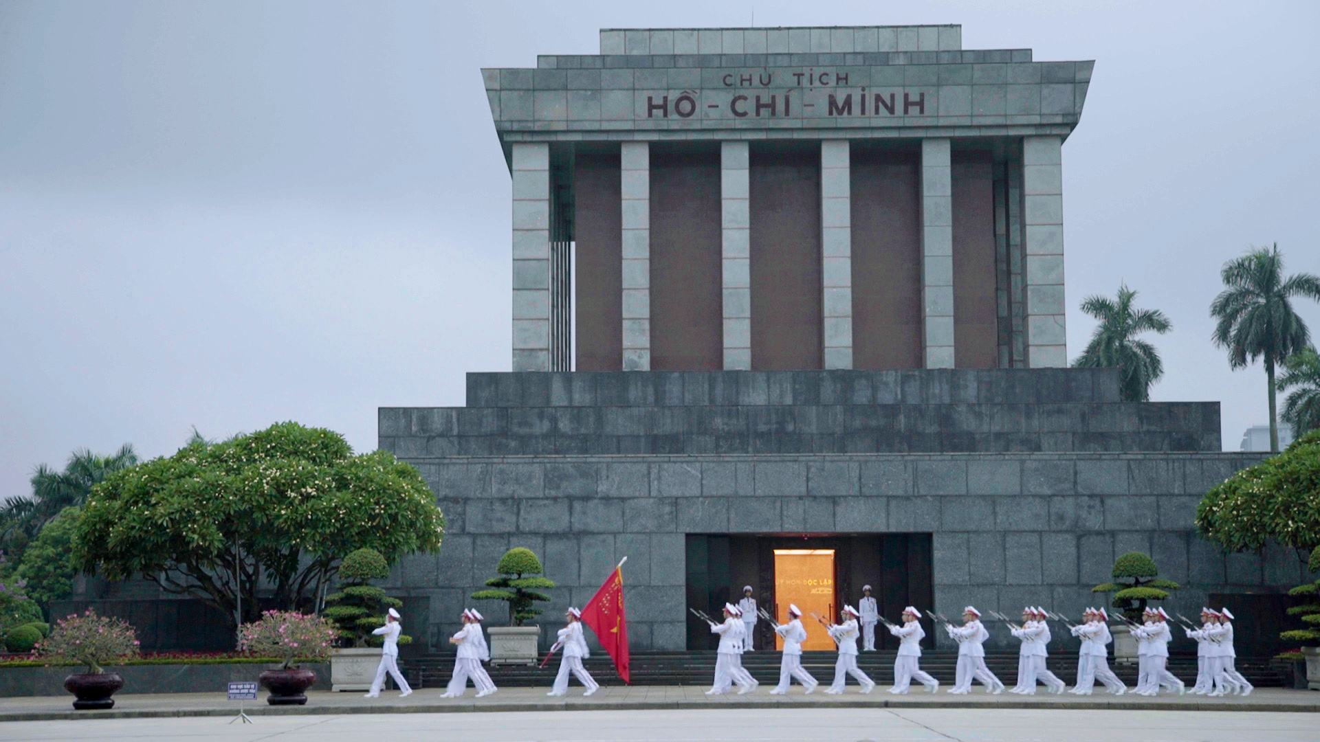 Ho Chi Minh Mausoleum: How to visit the sacred site in Vietnam   CNN Travel