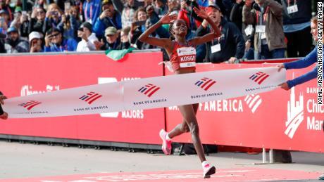 Kenya's Brigid Kosgei won the Chiacgo Marathon in a new world record of 2: 14.04 in October.