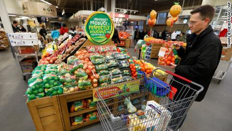 How Wegmans and H-E-B survived Amazon's onslaught