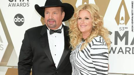 Garth Brooks announces he is Covid-19 negative as wife Trisha Yearwood tests positive