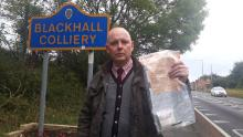 Mysterious £ 2000 cash parcels left on the streets of the UK village