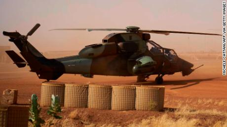 Mali: 13 French soldiers killed in helicopter crash