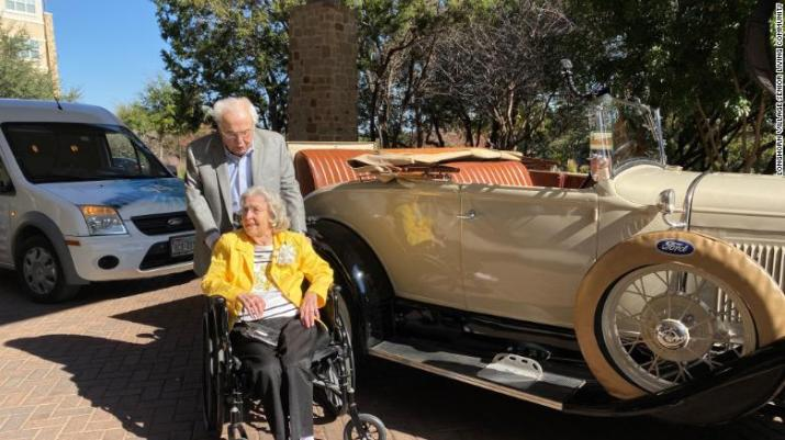 The couple celebrated their 80th wedding anniversary much like they started their first date.