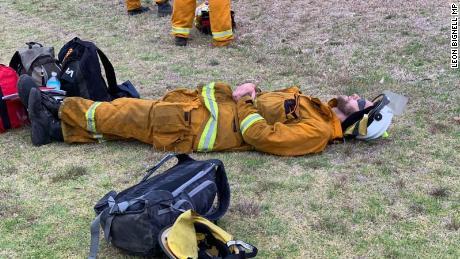 Pictures show Australian firefighters battling bushings